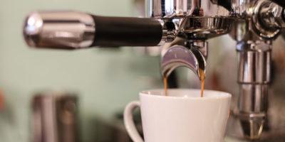 coffee-machine-brewing-coffee-and-espresso-Z8JDWYC